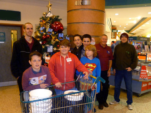 Bag Packing Team 2013